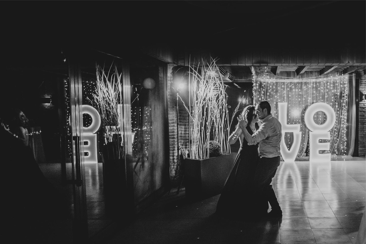 Decoracion-boda-letras-luminosas-AS10