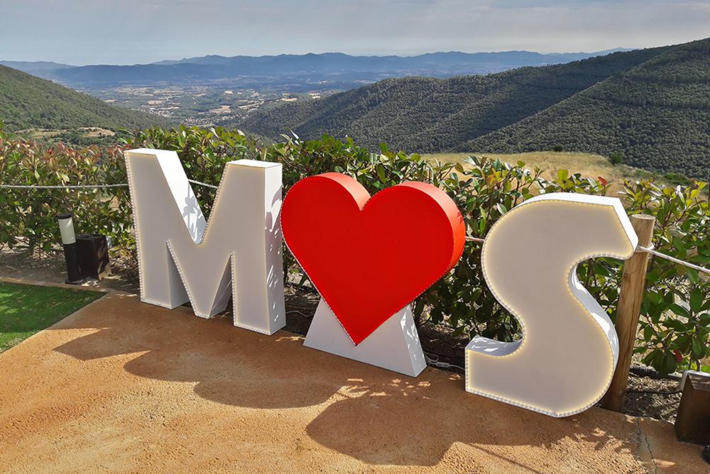 letras luminosas bodas A&M